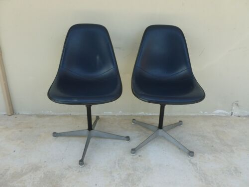 1970'S CHARLES AND RAY EAMES HERMAN MILLER OFFICE CHAIRS DATED 1973