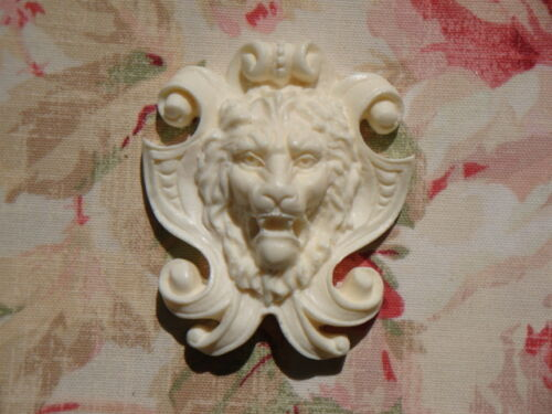 Antique LION SHIELD Furniture Applique Architectural Applique Onlay