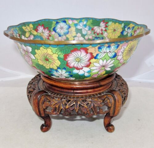 """7.75"""" Antique Chinese Cloisonne Scalloped Bowl with Flowers & Wood Display Stand"""