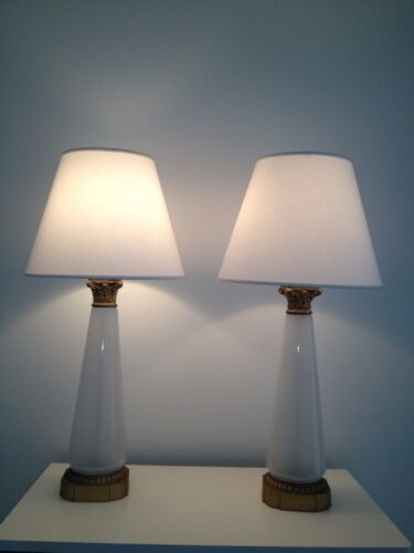 BEAUTIFUL PAIR OF ANTIQUE VINTAGE  FRENCH OPALINE MILK LAMPS CIRCA 1940