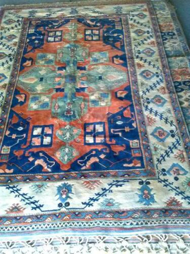 Hand Knotted Eivejik Area Rug Hand-Spun Wool Vegetable dyes 7x10