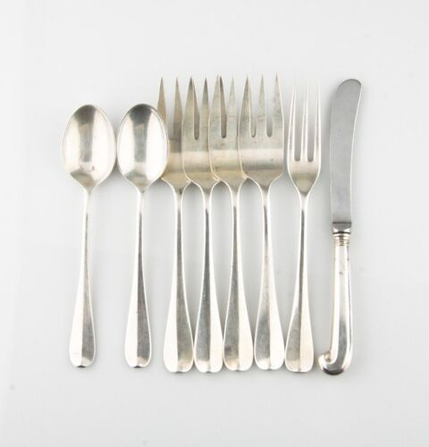 STERLING SILVER WILLIAMSBURG QUEEN ANN 8 PC FLATWARE SET