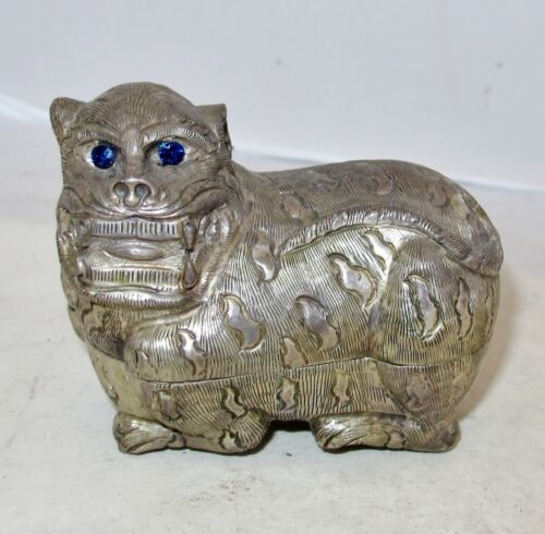 "3.45"" Antique Chinese .900 Silver TIGER Box w/ Blue Sapphire Eyes  (101.4 grams)"