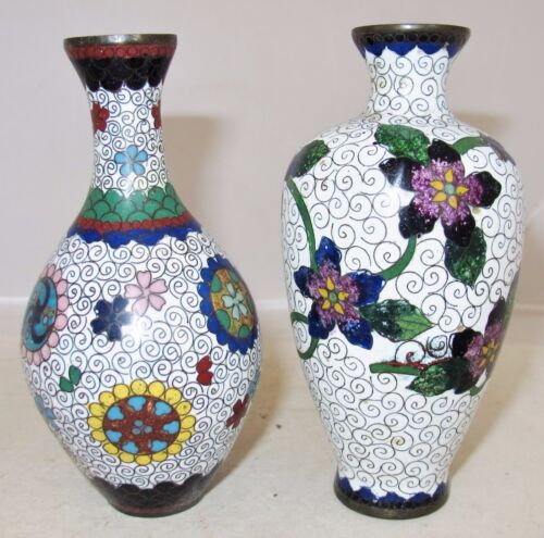 "2 Antique Japanese White Meiji Cloisonne Vases with Flowers  (5.1"" tall)"