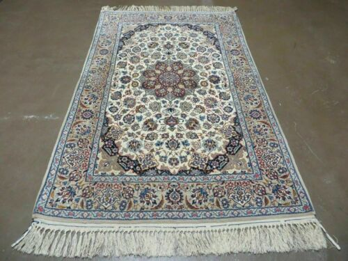4' X 6' Authentic  Fine Hand Made Persian Isfahan Wool Silk Rug detailed Beauty