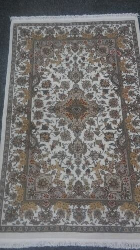 Rich Super Fine Hand Knotted, Wool and Silk Area Rug 4x6
