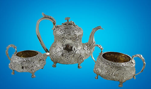 A FINE ENGLISH GEORGE IV  STERLING SILVER TEA SET, MASKS, BIRDS, 2,354 gr.