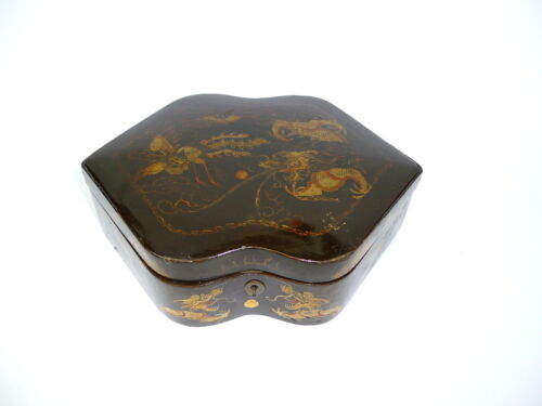 Beautiful Lacquer box Paper Maché Japan Meiji - time Tin Casket