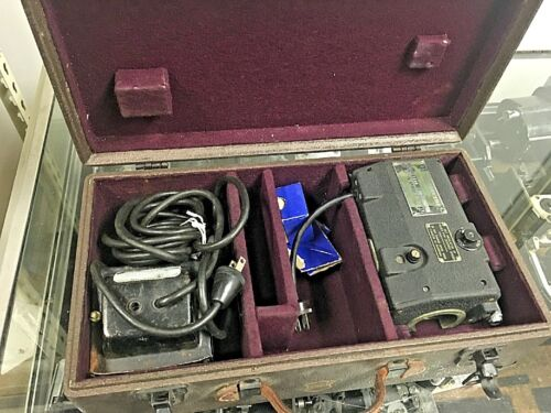 VINTAGE Bell & Howell 16mm Filmo Electro Camera with extras and case