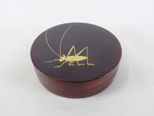 151233 Vintage Japanese lacquered wooden katydid Kogo incense case container
