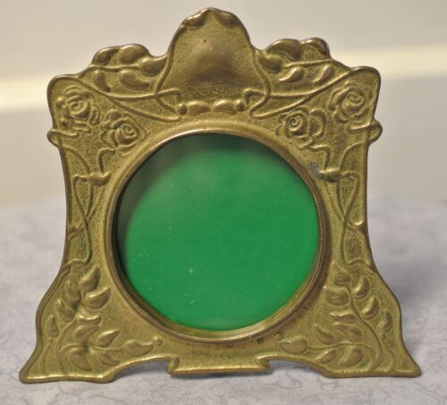 """Antique Art Nouveau Brass Upraised Floral Scroll Photo Frame-Round Glass-5"""""""