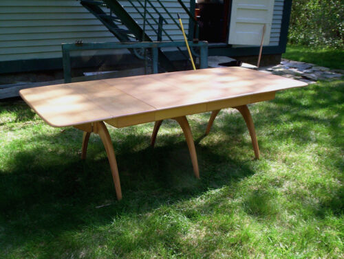 Heywood Wakefield M197G Dining Table & Four 556A Chairs