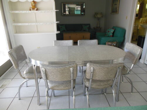 VINTAGE 1950'S GRAY CRACKED ICE KITCHEN TABLE W/LEAF 6 CHAIRS