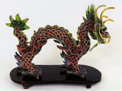 CHINESE ENAMELED GILT SILVER DRAGON SCULPTURE Lot 192