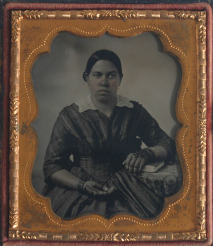AFRICAN AMERICAN WOMAN,STUNNING. SLAVE ERA TINTED AMBRO. 6TH PLATE HIGH QUALITY
