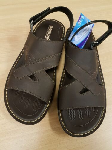 Mens brown aerosoft sandals. size 43 comfortable to wear. Great buy.