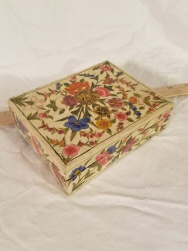 Vintage Japanese Hand Decorated Lacquered Wooden Box Beautiful Floral Pattern