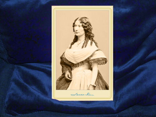 LAURA KEENE Favorite Lincoln Actress Cabinet Card Photo Vintage Photo Autograph