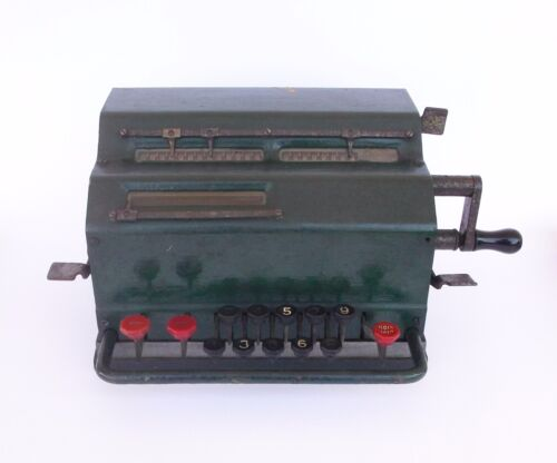 ANTIQUE SWEDEN FACIT MECHANICAL CALCULATOR