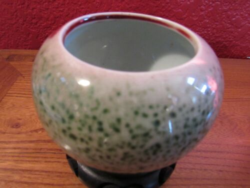 Lovely green Chinese porcelain brush washer with mark