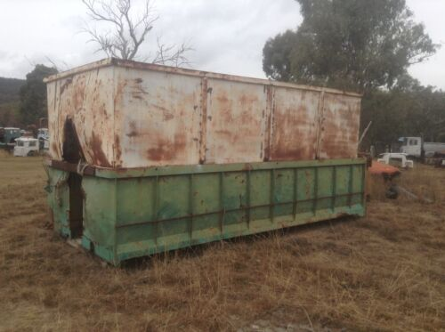STEEL TIPPING BODY  REMOVEABLE GRAIN EXTENSION Approx 5 METRES LONG