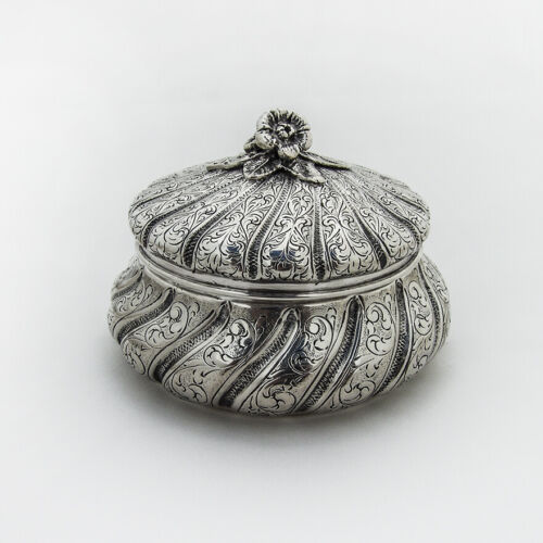 Italian Ornate Round Box Floral Finial Miracoli 800 Standard Silver