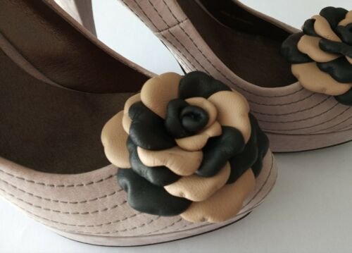 Leather Shoe Clips, Set of 2, Leather roses beige& black.Handmade