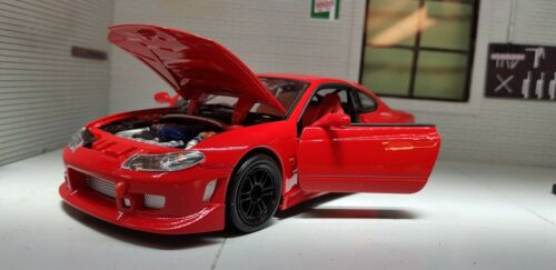 1:24 Echelle Rouge Nissan Sylvia Silvia SX200 S15 Spec R S Welly Voiture