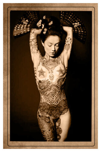 TATTOOED LADY JAPAN ca1907 Vintage Photograph Cabinet Card RP Tattoo