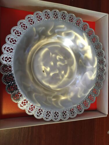 Vintage Round Pearlized Silver Ware Tray Diameter 29cm Made In Japan