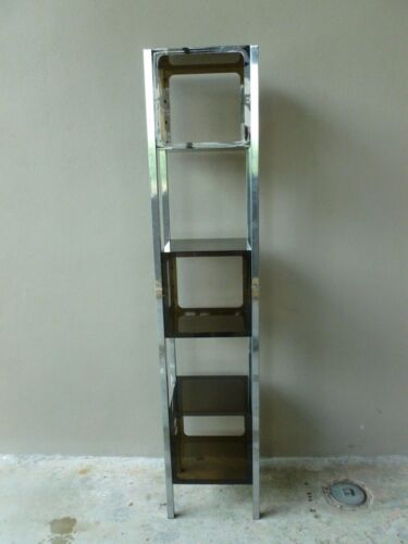 70'S MOD  SPACE AGE CUBED 3 STACK CHROME AND LUCITE ETAGERE - P