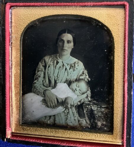 1/6th PLATE DAGUERREOTYPE MOTHER & SLEEPING BABY PORTRAIT BY H.R GRANT