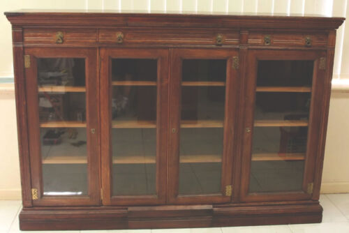 ANTIQUE  4 DOOR BOOKCASE CIRCA 1890 SOLID ENGLISH OAK WORKING LOCKS QUALITY
