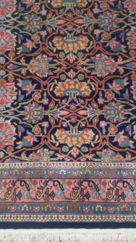 Beautiful Rich, hand Knotted 100% New Zealand Wool pile Area Rug 6x8 to 6x9