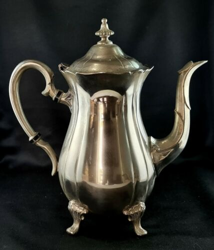 VINTAGE PILGRIM SILVERPLATED COFFEE POT TEAPOT MADE IN TAIWAN SILVERPLATED IN EN