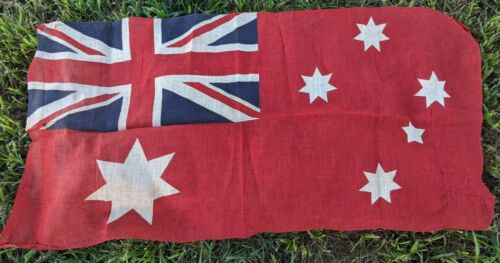 WW1 / WW2 Era Vintage Australian Red Flag1914 - 1918 (WWI) - 13962