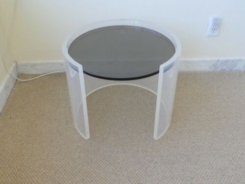 1970'S LUCITE AND GLASS CIRCULAR OCCASSIONAL TABLE