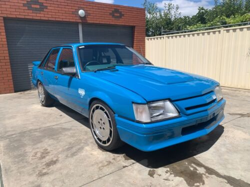VK SS HOLDEN COMMODORE BROCK MOCK UP