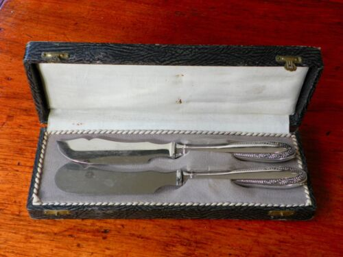 Vintage Art Deco Boxed Set Silver Butter / Pate & Cheese Knives c1930