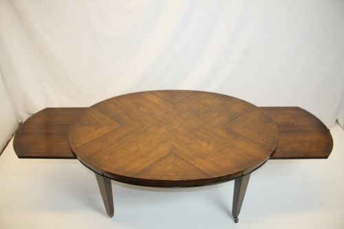 Hepplewhite Walnut Coffee Table w/ Refractory Extensions Sunburst Top A must See