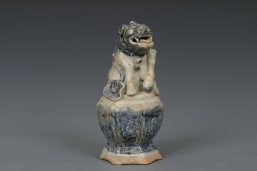 Fine Beautiful Chinese Blue and White Porcelain Tiger Statue
