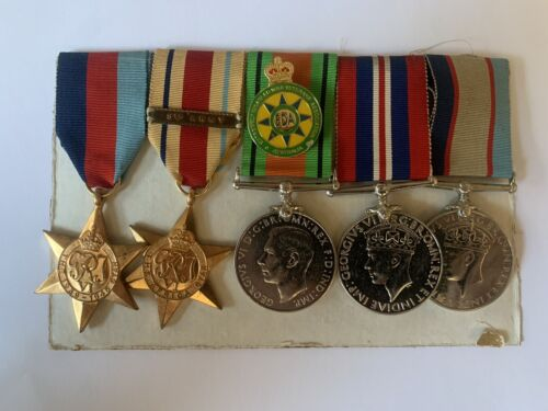 WW2 2/7th Medal Grouping A T Hare VX163041939 - 1945 (WWII) - 13977