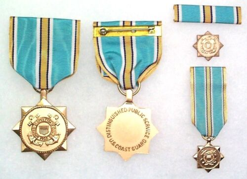 US Coast Guard Civilian Distinguished Public Service Medal, complete set of 4Medals & Ribbons - 36069