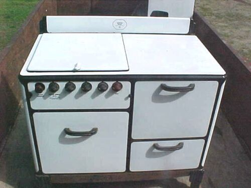RARE Vintage Antique Coleman kitchen stove gasoline model 754 D ONE ON EBAY!