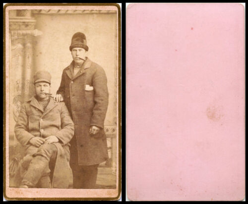 ANTIQUE CDV PHOTO PORTRAIT OF TWO MEN WEARING COATS, HATS, SMOKING CIGARS