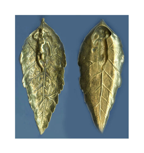 ANTIQUE SOLID BRASS GILDED DECORATIVE LEAF WITH SLEEPING CUPID ASHTRAY?