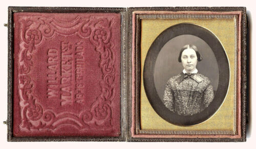 1/6 PLATE DAGUERREOTYPE PHOTO PORTRAIT OF YOUNG WOMAN BY OLIVIER WILLARD