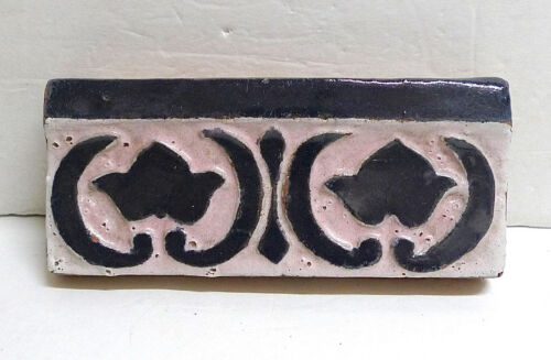 Decorated Border Tile by S&S California