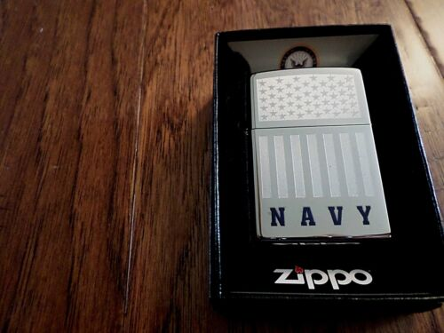 U.S MILITARY NAVY ETCHED CHROME ZIPPO LIGHTER UNITED STATES ETCHED FLAG Flags, Patriotic - 104029