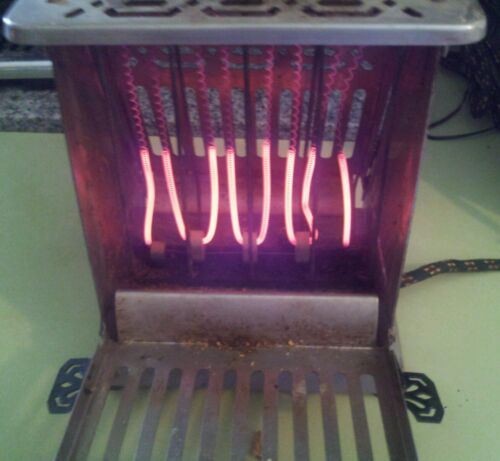 """Hotpoint Antique Toaster Edison Electric Appliance Co. Cat 156T25 """"Working"""""""